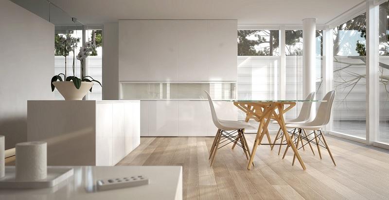 Interior decorado sob o estilo clean, com móveis claros e piso de madeira