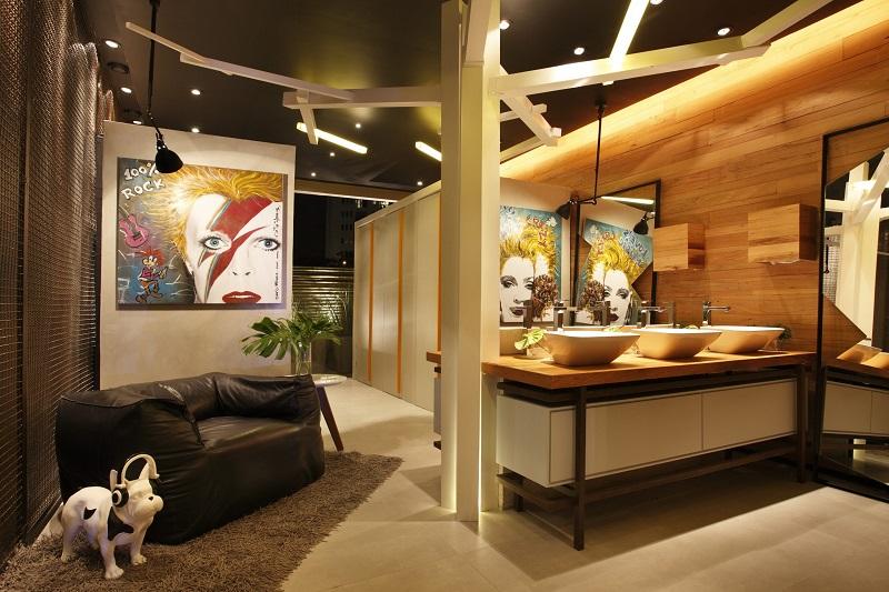 Projeto de iluminação moderna para banho da Casa Cor Rio 2013