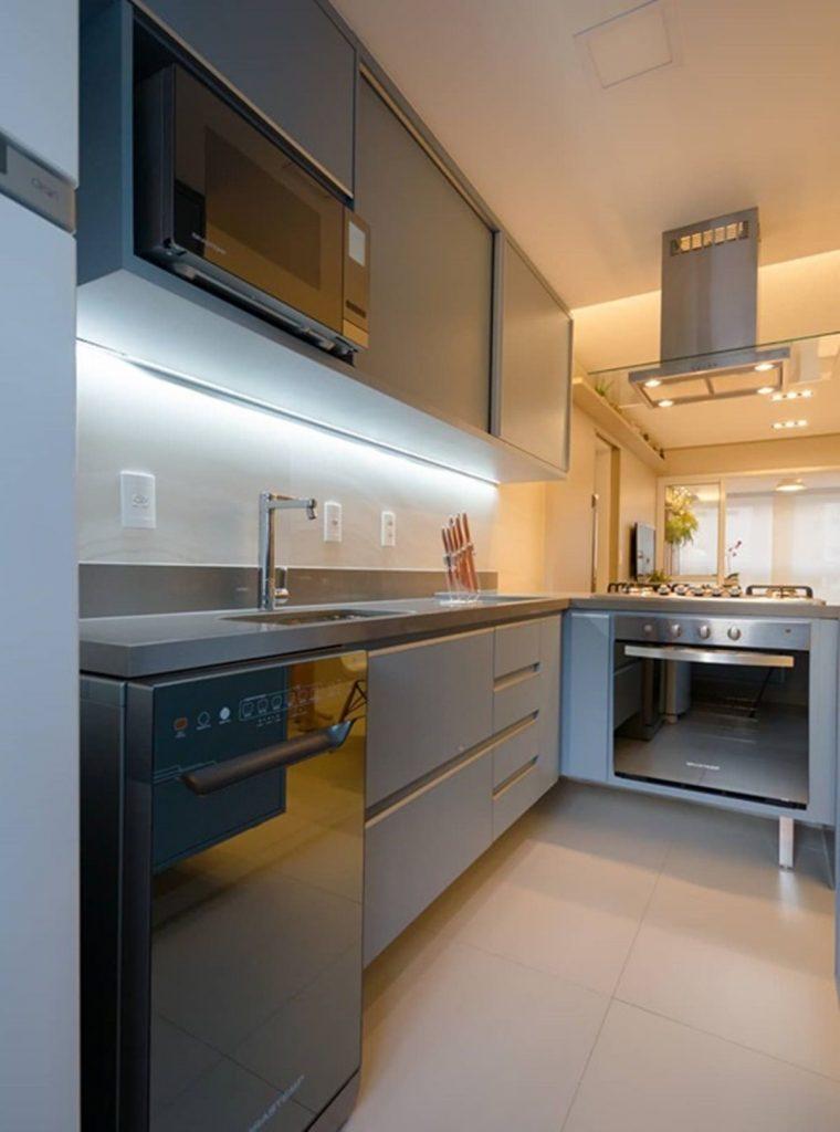 Aposte em painéis LED para sua cozinha